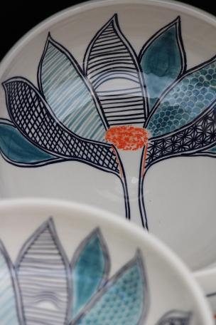 Dans la boîte noire - Virginie Deruelle - Céramique - Bols fleurs - Marché Aître St Maclou