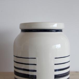 Dans la boîte noire - Virginie Deruelle - Céramique - Vase lignes verso