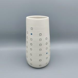 Dans la boîte noire - Virginie Deruelle - Céramique - vase carrés grès